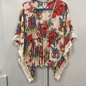Ivy Jane Floral Kimono size medium